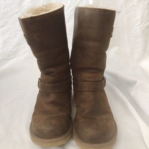 Ugg boots distressed leather